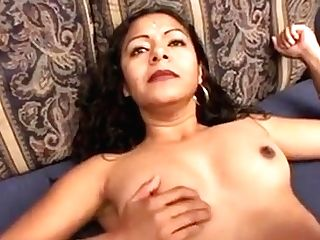 Indian Super-bitch Trades Head And Gets Her Hairless Twat Pummeled Hard And Deep
