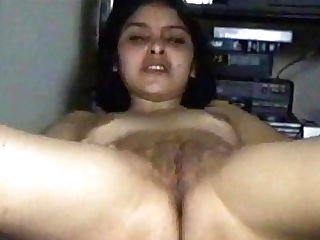 Indian Wifey Homemade Movie 475.wmv