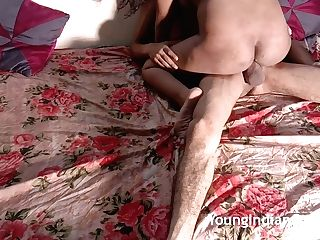 Indian School Dame Sarika Astonished Fuck-a-thon At Home By Cousin