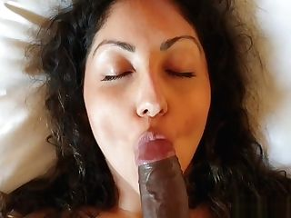 Indian Escort Model Bares Her Sexy Bod And Gets Creampied In Motel Room